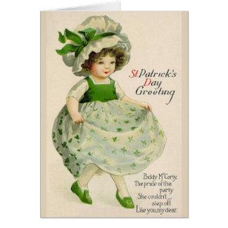 Cartão De St Patrick irlandês da menina da dança do