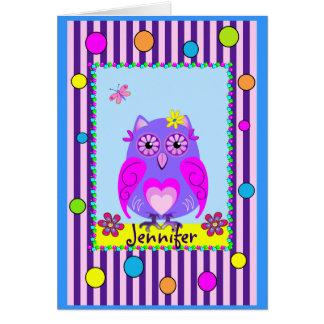 Cartão De texto feliz do nome & do aniversário da coruja