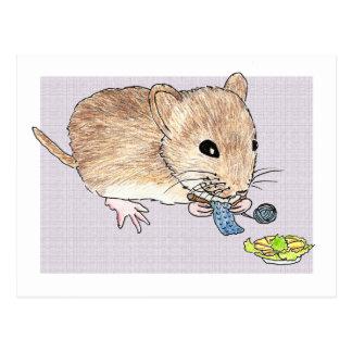 Cartão de um rato marrom de confecção de malhas
