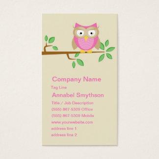 Cartão de visita cor-de-rosa da coruja