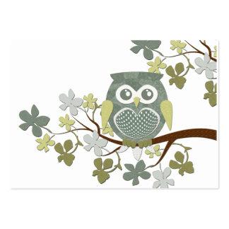 Cartão de visita da coruja da árvore da polca