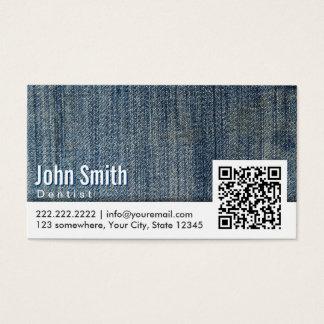 Cartão de visita do dentista do código de calças