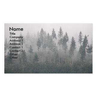 Cartão de visita enevoado da foto da paisagem da