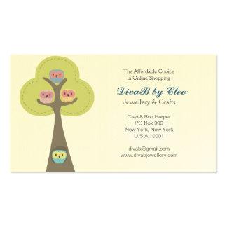 Cartão de visita engraçado bonito das corujas dos