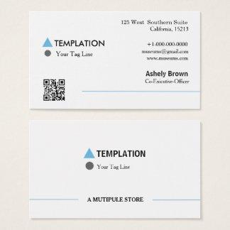 Cartão de visita moderno profissional do código de