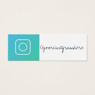 cartão de visita na moda moderno dos meios sociais