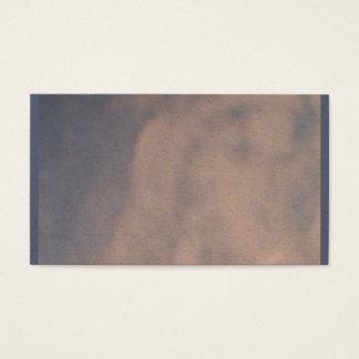 Cartão de visita nebuloso do céu azul