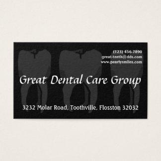 Cartão de visita preto do dentista de três dentes