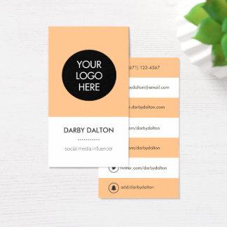 Cartão de visita social dos meios do logotipo