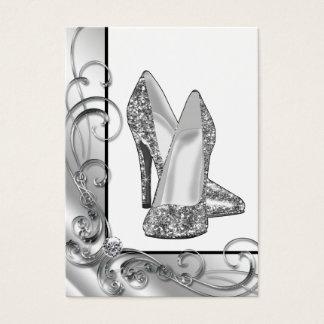 Cartão De Visitas Calçados de prata do salto alto do brilho