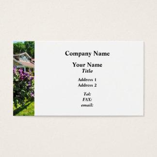 Cartão De Visitas Clematis roxo na cerca rústica
