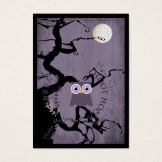 Cartão De Visitas Coruja e árvore Gnarled assustador para o Dia das