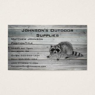 Cartão De Visitas Fonte exterior do Racoon de madeira