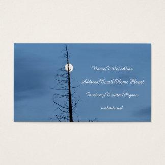 Cartão De Visitas Lua lanceada pela árvore