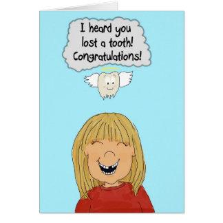 Cartão Dentes perdidos do dente da menina que crescem