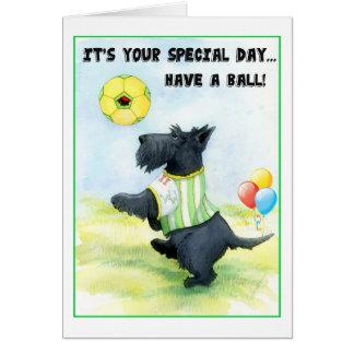 Cartão Desejos do aniversário do futebol do Scottie