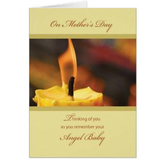 Cartão Dia das mães Bereaved, vela amarela do aborto