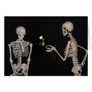 Cartão Dia dos namorados de esqueleto gótico romântico do