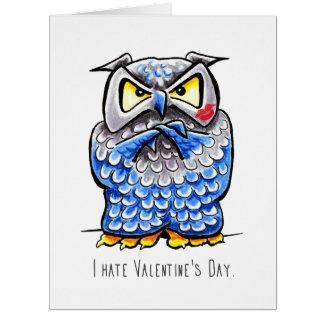 Cartão Dia dos namorados mal-humorado do ódio da coruja