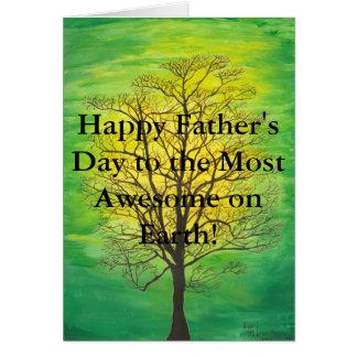 Cartão Dia dos pais feliz da árvore verde a maioria de