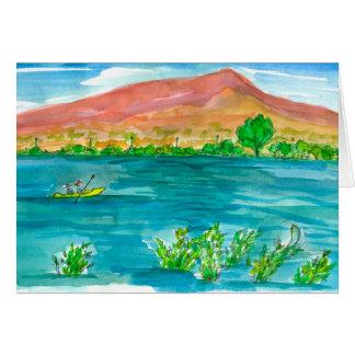 Cartão Dia dos pais feliz do lago mountain do caiaque