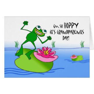 Cartão Dia Hoppy das avós, sapo engraçado na lagoa