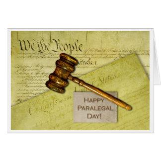 Cartão Dia, originais e Gavel felizes do Paralegal