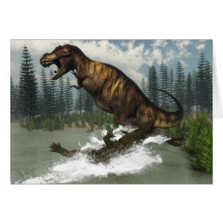 Cartão Dinossauro do rex do tiranossauro atacado pelo