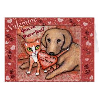 Cartão do amor do gato e do cão do dia dos