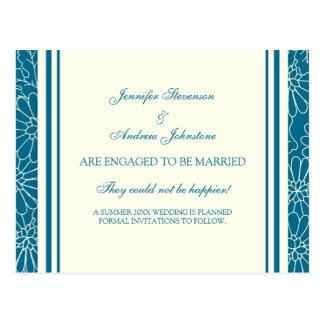 Cartão do anúncio do noivado azuis e de creme