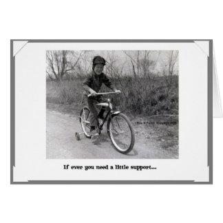 Cartão do apoio das rodas de treinamento