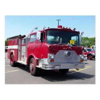 Cartão do caminhão do salvamento do fogo de Mack Cartão Postal