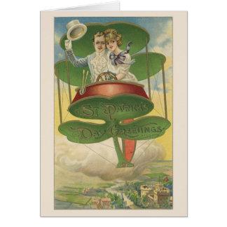 Cartão do casal do dia de St Patrick do Victorian