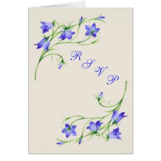 Cartão do casamento RSVP com flores do bluebell
