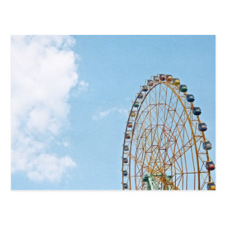 Cartão do céu e da roda de Ferris
