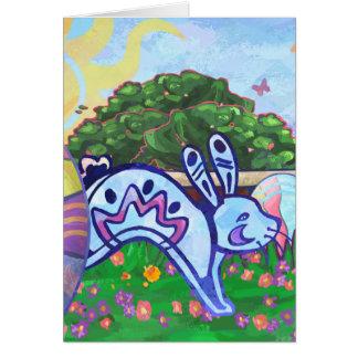 Cartão do coelhinho da Páscoa do quintal