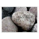 Cartão do convite da rocha do coração