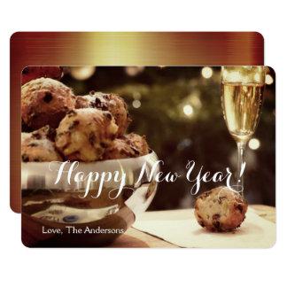 Cartão do convite do feliz ano novo com champanhe