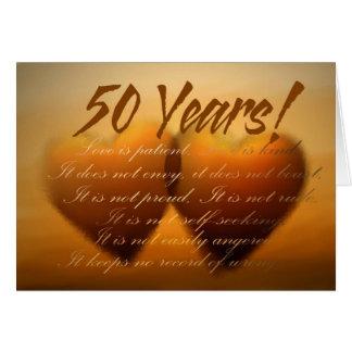 Cartão do coração de um aniversário de 50 anos