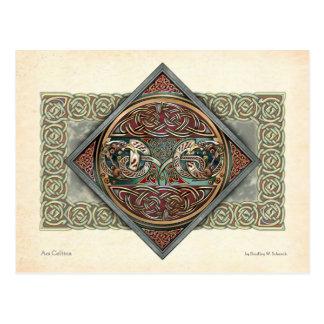 Cartão do design de Gryphons do céltico