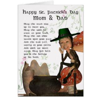 Cartão do dia de St Patrick com mamã & pai do Lepr