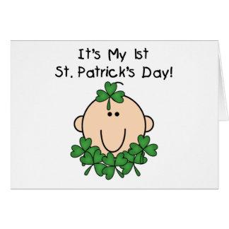 Cartão do dia de St Patrick do bebê