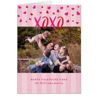Cartão do dia dos namorados dos abraços e dos