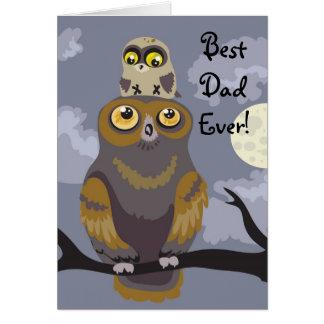 Cartão do dia dos pais da coruja e do bebê
