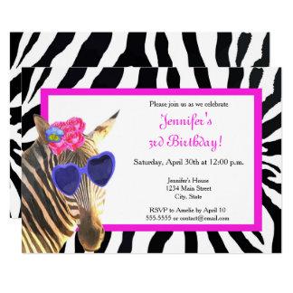 Cartão Do encanto animal da forma da selva da zebra feliz