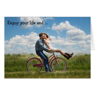 Cartão do feliz aniversario: Aprecie sua vida