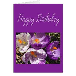Cartão do feliz aniversario do açafrão do