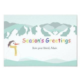 Cartão do feriado dos picos nevado convites