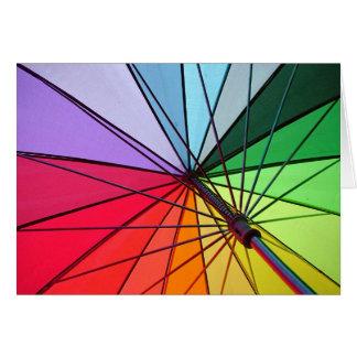 cartão do guarda-chuva do arco-íris