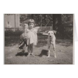 cartão do horizontal-vintage da menina, da boneca